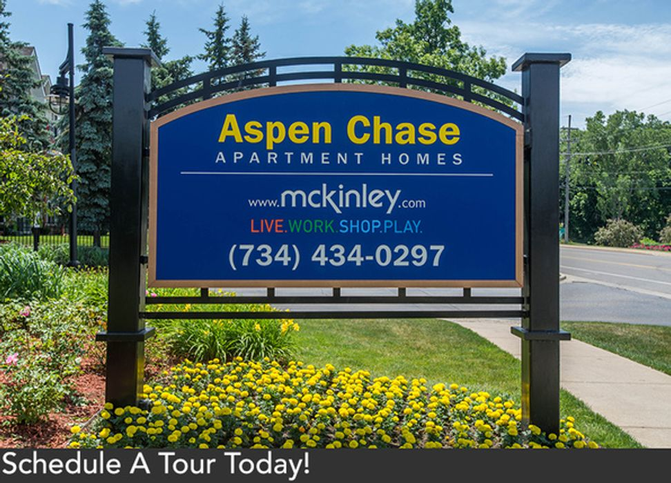 Student accommodation photo for Aspen Chase in Burns Park, Ann Arbor