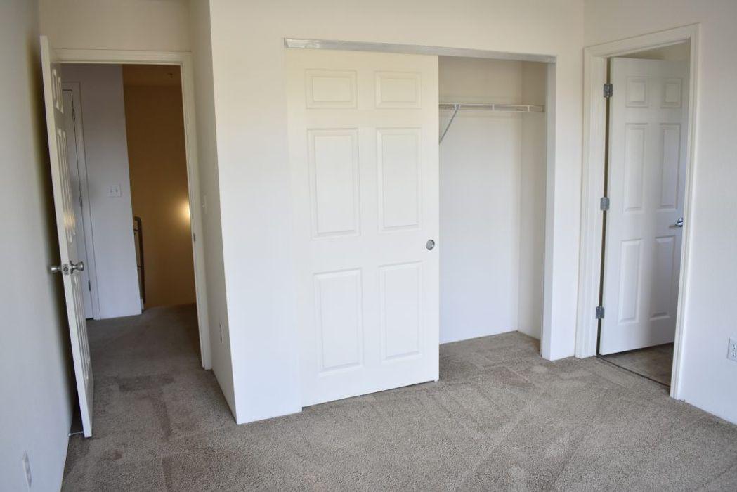 Student accommodation photo for Lexington Apartments in Davis Center, Davis, CA