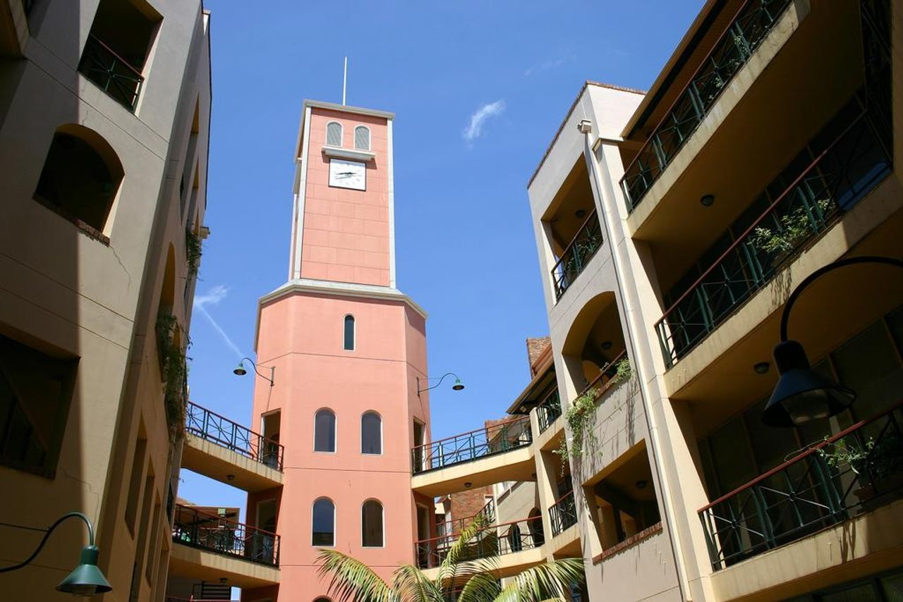Carlton Clocktower Apartments Melbourne Student Housing ...