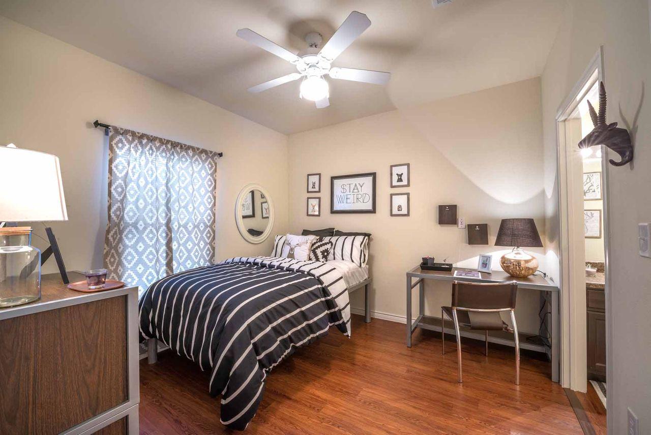 Forum at Denton Denton, TX Student Housing • Reviews ...