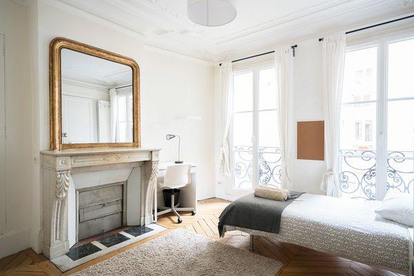 Comforts of Home - 33 Rue de l'Abbé Grégoire