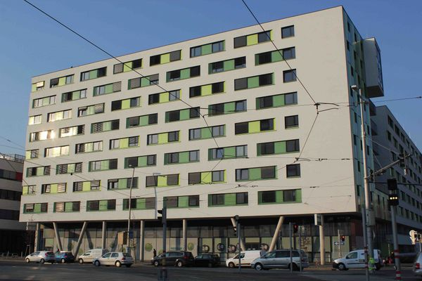 HousingVienna Base 22