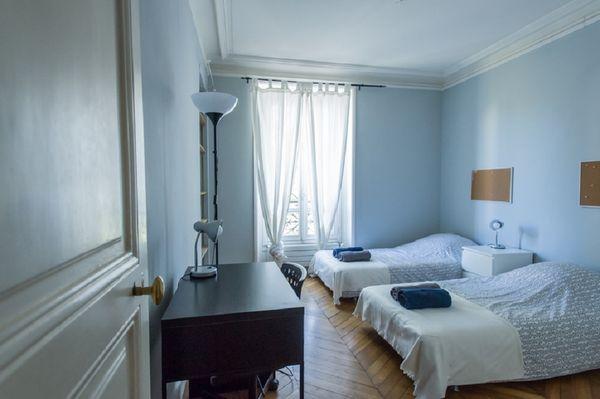 Comforts of Home - 45 rue de Lyon