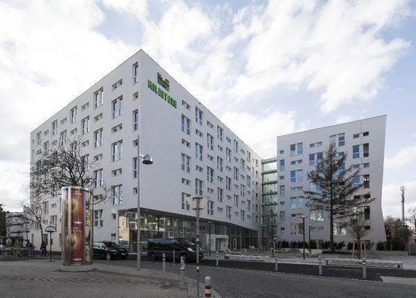 Milestone Vienna 1